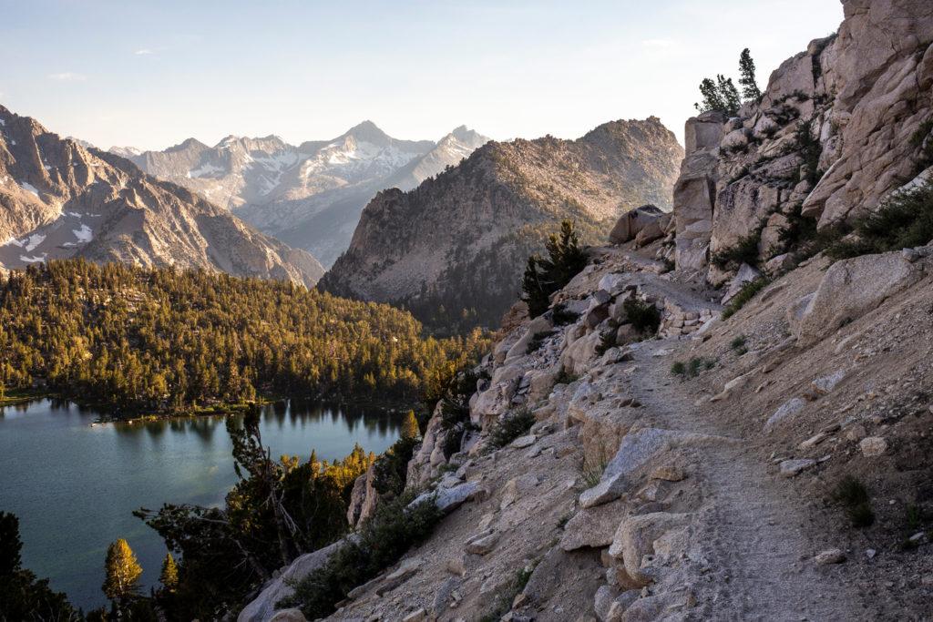 Der Trail überm Bullfrog Lake