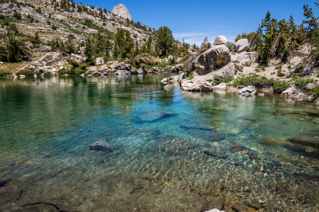 Glasklares Wasser der Rae Lakes