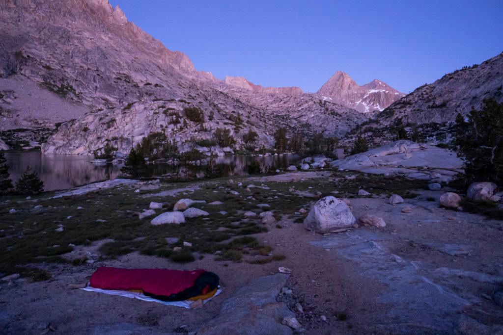 Cowboy Camping am Evolution Lake
