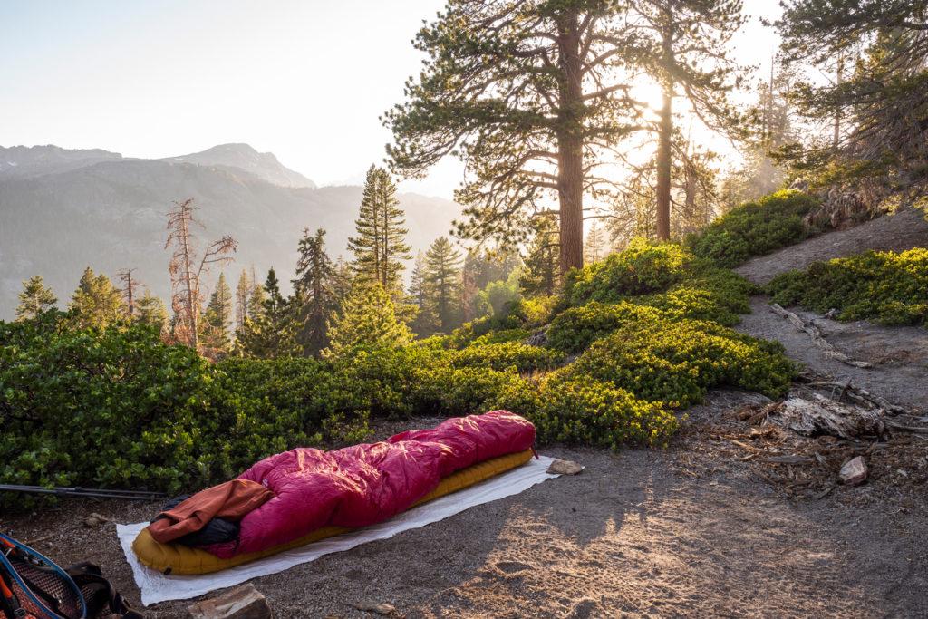 wunderschöner Platz fürs Campen mit wunderbarem Sonnenuntergang