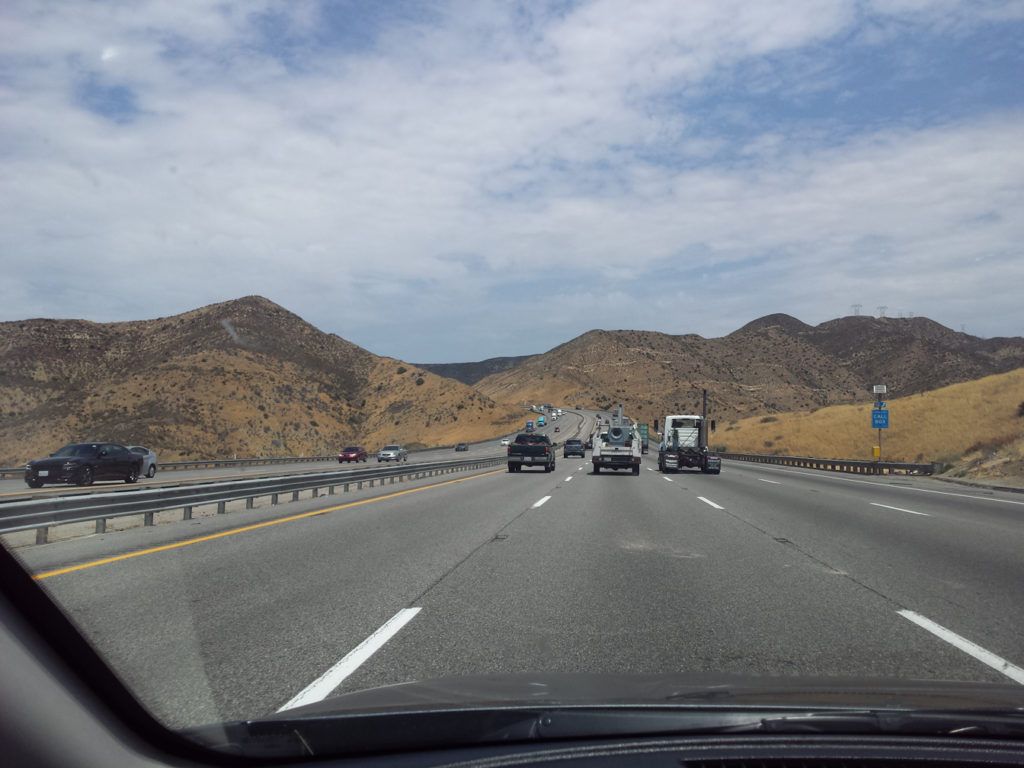 Der Highway 5 raus aus Los Angeles