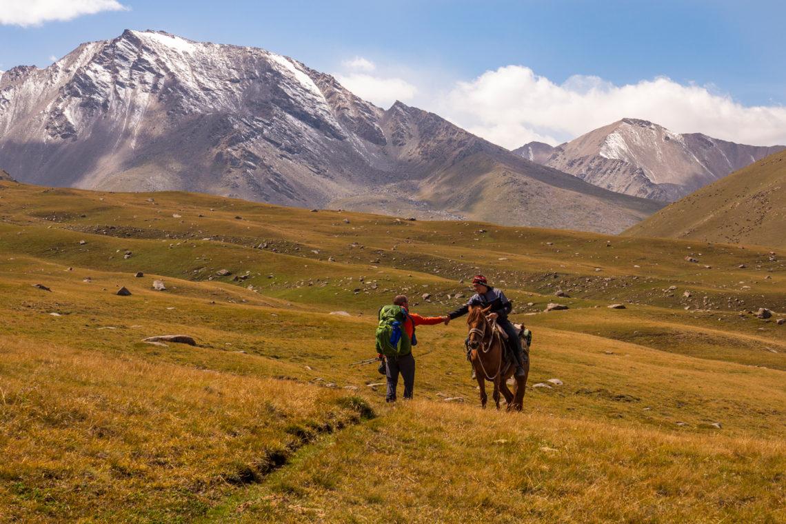 Treffen mit einem Nomaden in Kirgistan